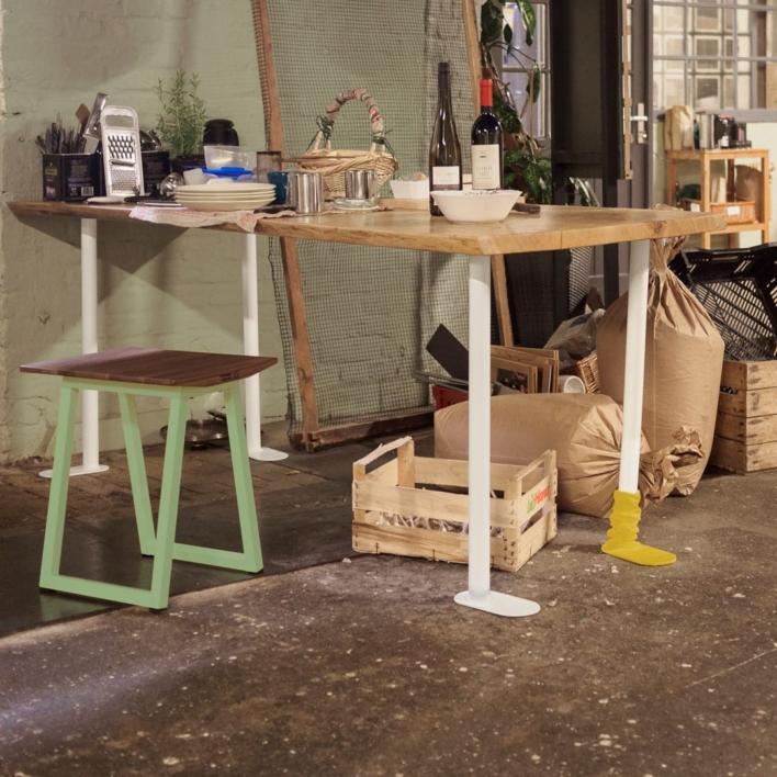 Plattfuss DIY Möbelbein als Esstisch mit Eicheplatte